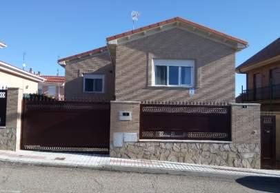 Casa en Urbanizacion El Tejar