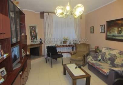 Single-family house in Retamar