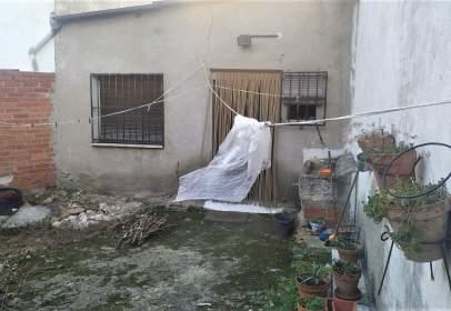 Casa adosada en calle de Talamanca