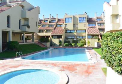 Apartamento en Urbanización Villa de Golf