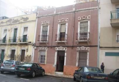 Casa en calle Jacinto Ruiz Mendoza