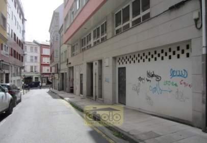 Local comercial a Avda. Coruña