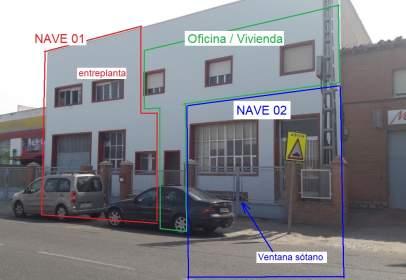 Nau industrial a Santa Bárbara-Santa María de Benquerencia