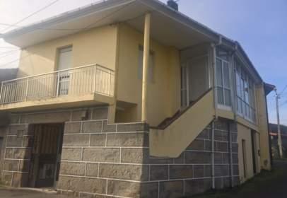 Casa unifamiliar en calle Currás, nº 29
