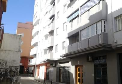 Local comercial en calle Salamanca