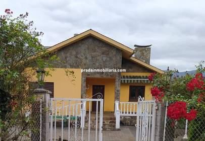 Single-family house in San Juan de Trelles