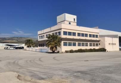 Nave industrial en calle Sol de Valderrubio