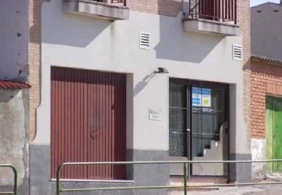 Pis a calle de Federico Martín Bahamontes,  27