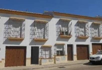 House in  Pintor Antonio López,  8