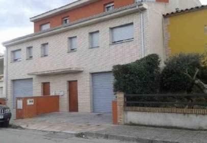 Promoción de tipologias Vivienda en venta SILS Girona