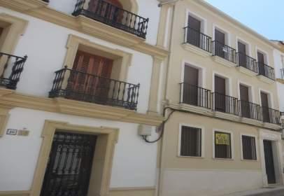 Pis a calle Gómez Ocaña
