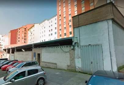 Garatge a calle calle Claudio Luanco,  13