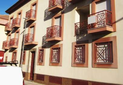 Piso en calle calle Mariana Pineda-Residencial Flor de Albahaca