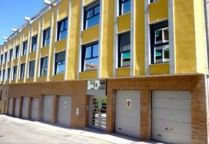Garage in calle Arcos del Monte