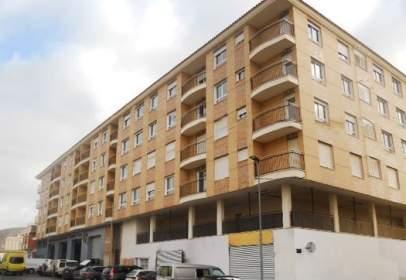 Piso en calle calle Yecla (Edificio Dunia),  86