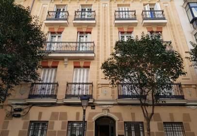 Apartamento en calle de Antonio Acuña