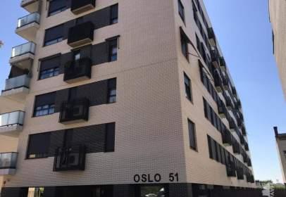 Piso en calle Oslo, 51