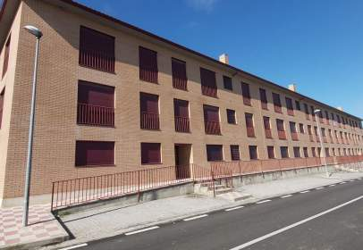 Piso en calle de Madrid, 13